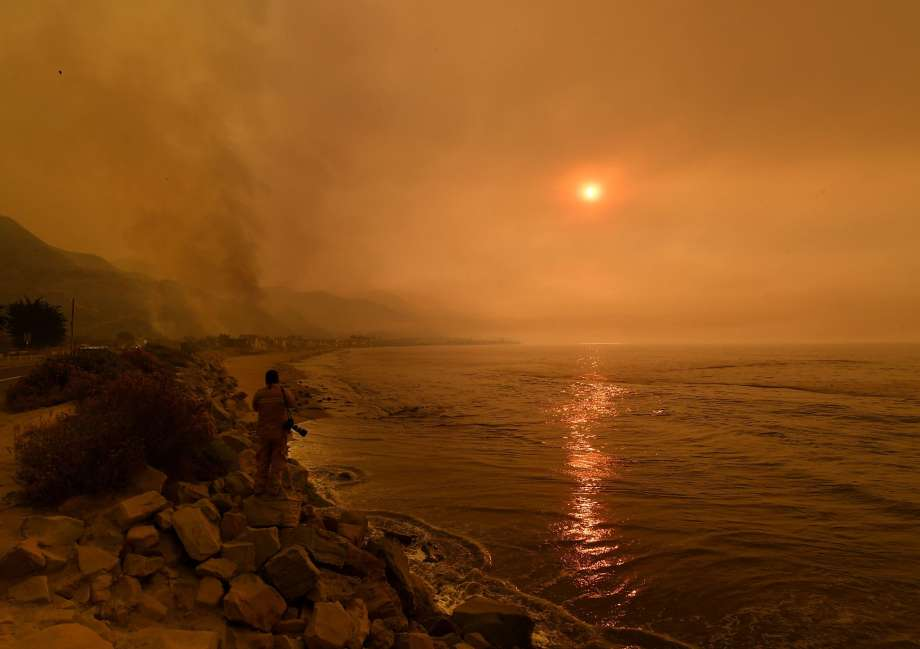 The Thomas Wildfire in Southern California