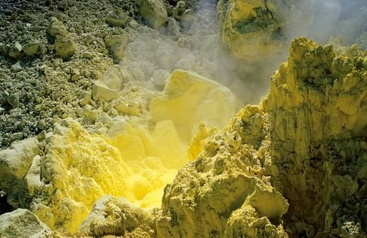 Sulfur deposits from volcanic eruption